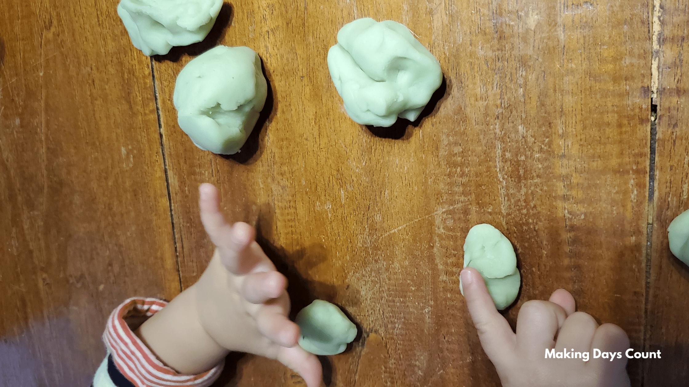 Indoor Toddler Activities: Play dough